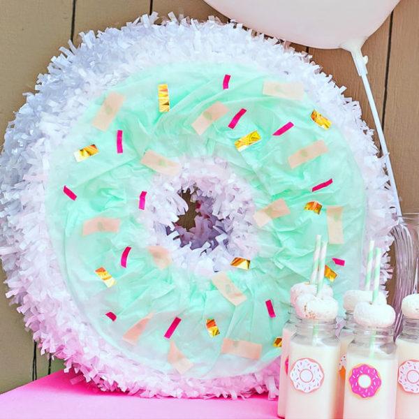 donut-pinata-620x620