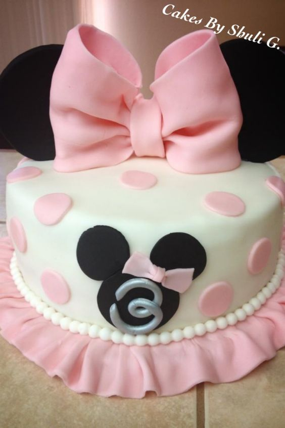 party-ideas-ph-minnie-mouse-birthday-cakes-10
