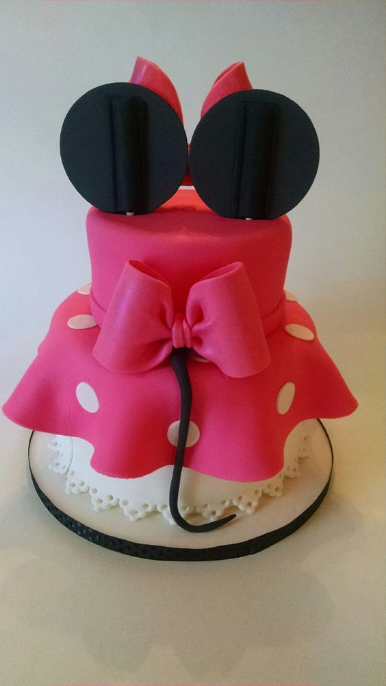 party-ideas-ph-minnie-mouse-birthday-cakes-13