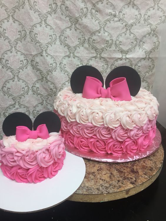 party-ideas-ph-minnie-mouse-birthday-cakes-20
