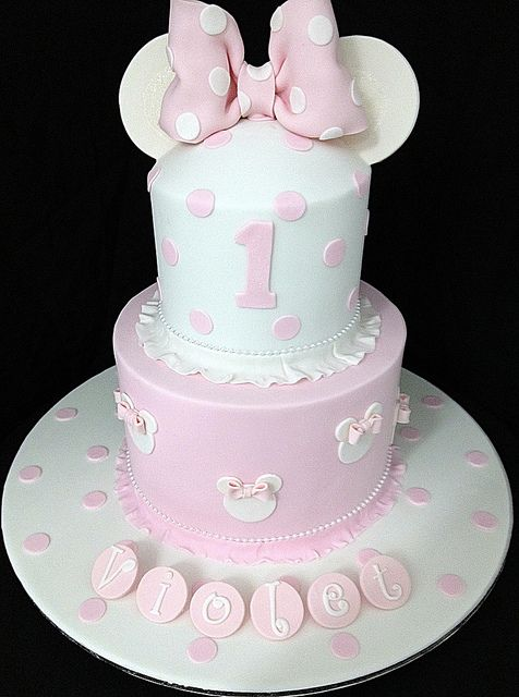 party-ideas-ph-minnie-mouse-birthday-cakes-29