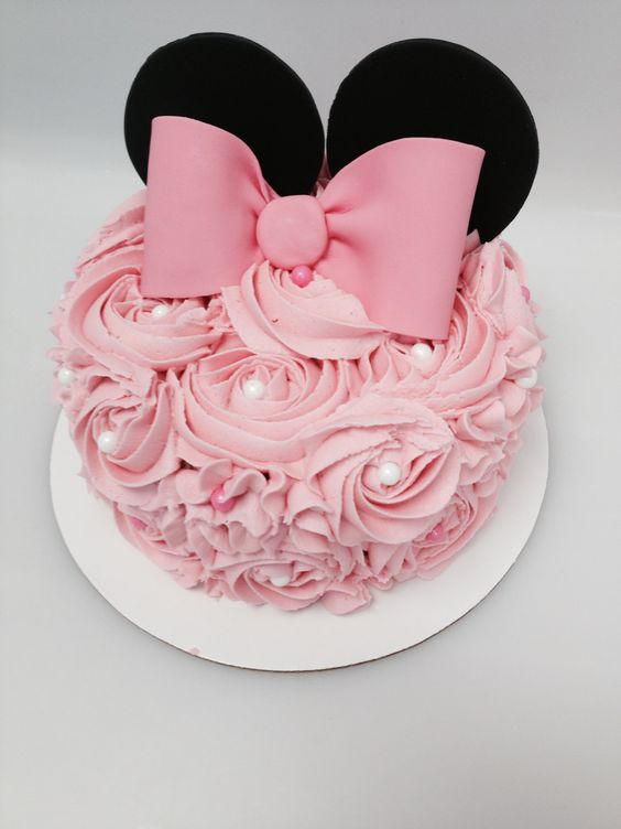 party-ideas-ph-minnie-mouse-birthday-cakes-6