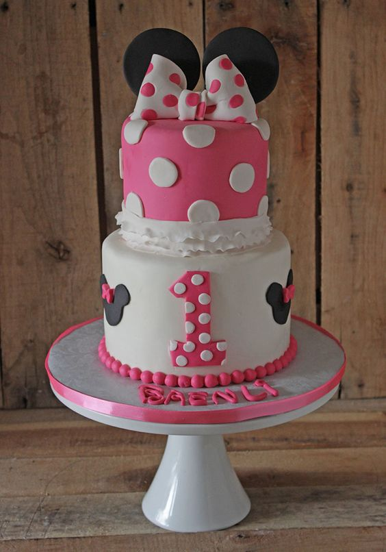 party-ideas-ph-minnie-mouse-birthday-cakes-8